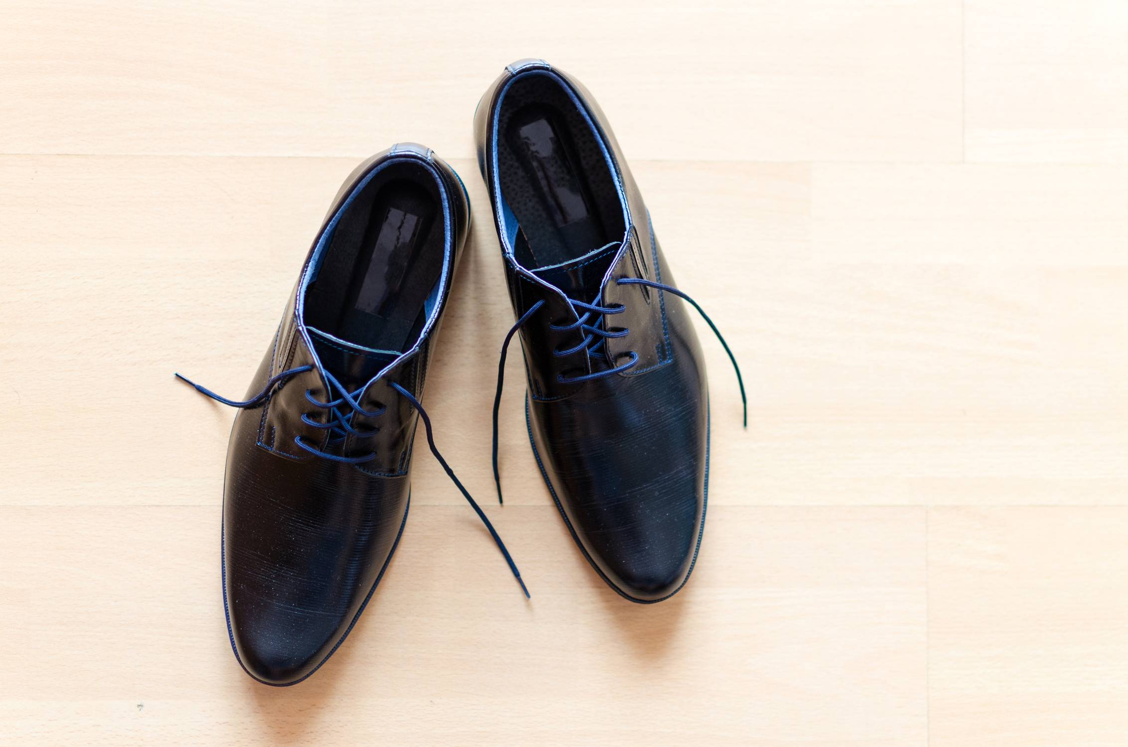 Original image of shoes